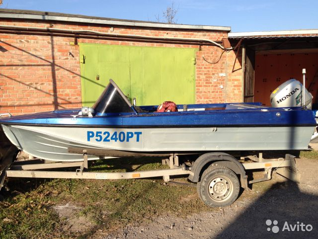 продажа лодок с мотором б у на авито россия