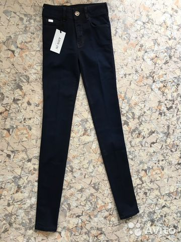 Новые джинсы Амнезия e4f0a55a1ff66