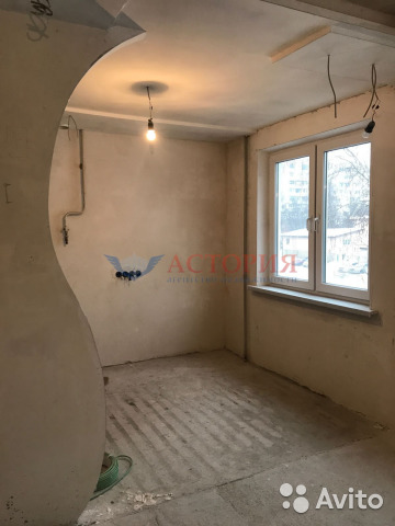 Продается трехкомнатная квартира за 3 500 000 рублей. М.Горького ул, 14.