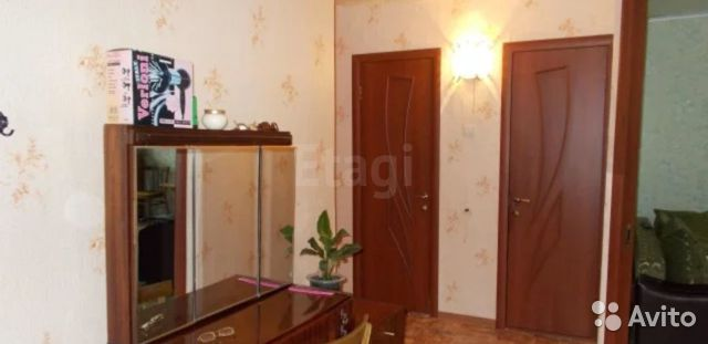 Продается двухкомнатная квартира за 1 150 000 рублей. Саратовская обл, г Энгельс, ул Рабочая, д 3.