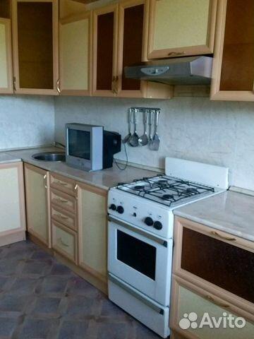 Продается трехкомнатная квартира за 1 500 000 рублей. г Саратов, поселок Жасминный.