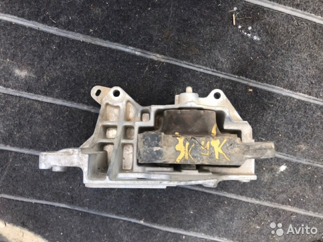 89026196331 Подушка двигателя Nissan Juke F15 1.6T 2013