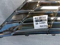 Решетка радиатора на Camry v40