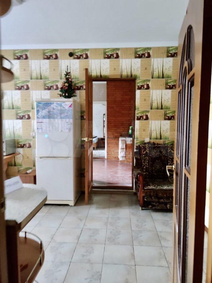 2-к квартира, 40 м², 1/1 эт.  89216969030 купить 3